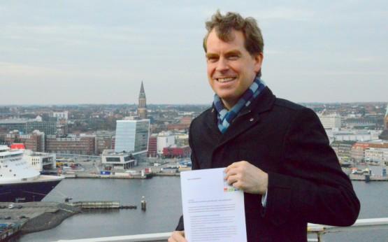 Kiel mit Weitblick: Ulf Kämpfer mit seinem Positionspapier